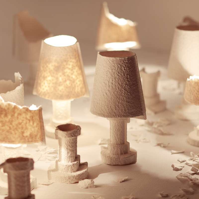 Tearable lamp