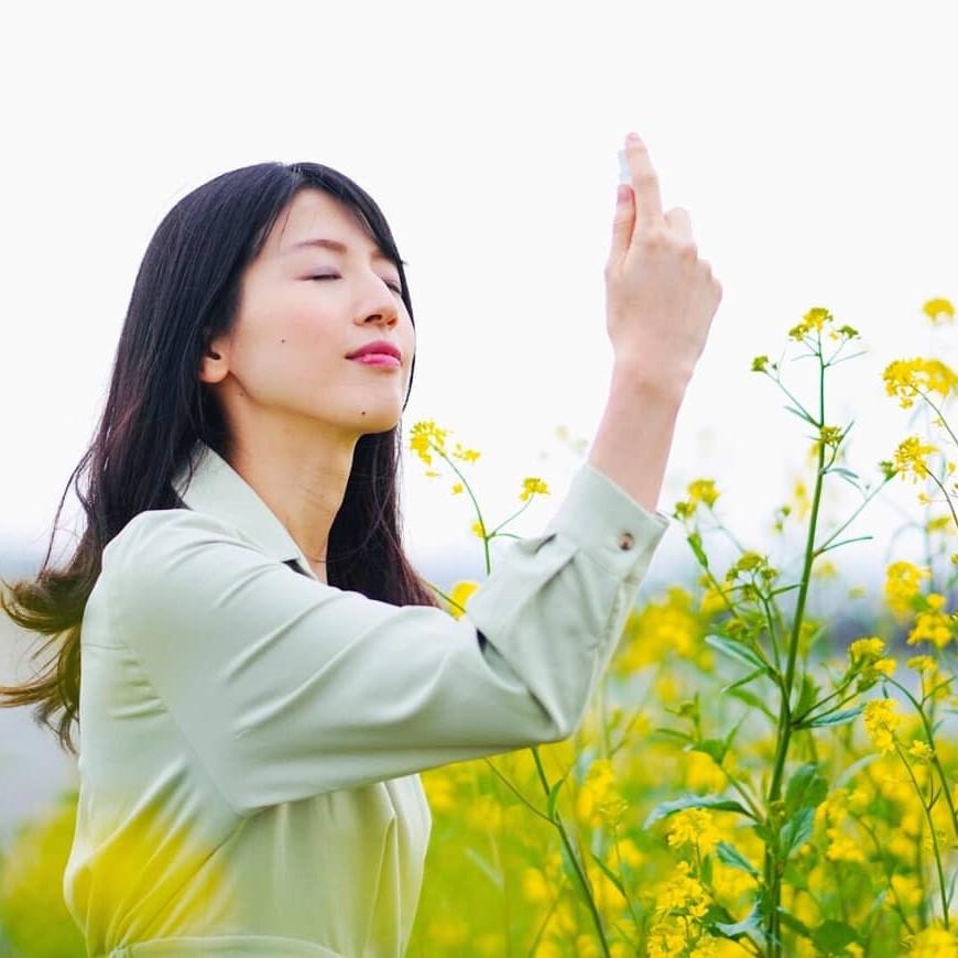 【自由テーマ】tokotowa organics ピュアエッセンスミスト ピンク、ピュアエッセンスミスト イエロー